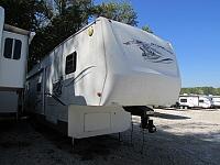 2004 Sportsmen New Vision 3559 5th wheel trailer