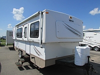 2008 Hi-Lo M2508C Hi-Lo travel trailer