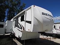 2009 Forest River Sierra 300RL 5th wheel trailer