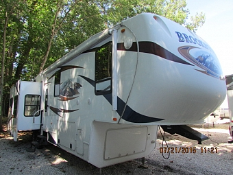 2011 Coachmen 367RL Brookstone 5th wheel trailer