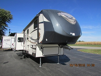 2016 FOREST RIVER 327RE SALEM HEMISPHERE FIFTH WHEEL
