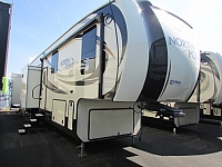 2017 JAYCO 375BHFS NORTH POINT FIFTH WHEEL