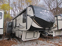 2017 Keystone Montana 345RL High Country 5th fifth wheel trailer