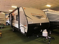 2017 STARCRAFT 18QB AUTUMN RIDGE MINI TRAVEL TRAILER