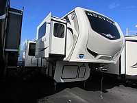 2018 KEYSTONE 3731FL MONTANA FIFTH WHEEL