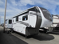 2020 Jayco North Point 377RLBH 5th wheel trailer