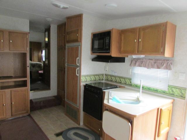 2003 Keystone Springdale 279RL 5th wheel trailer