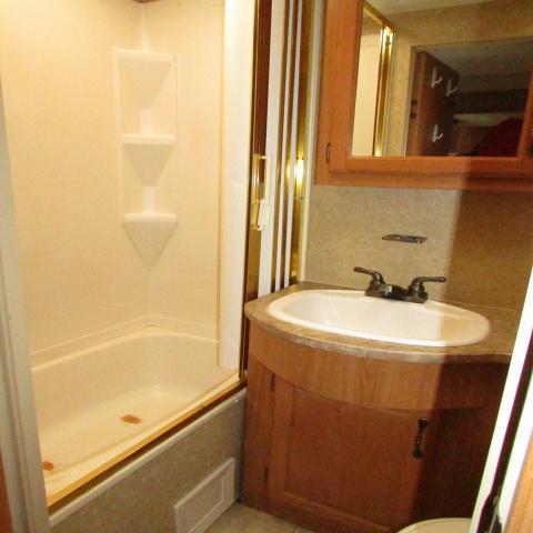 2009 Keystone Laredo 29BHS travel trailer