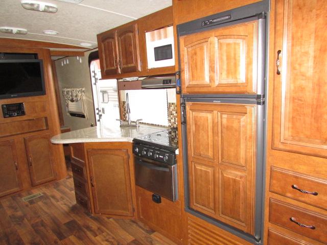 2015 Forest River Salem Hemisphere Lite 312QBUD travel trailer