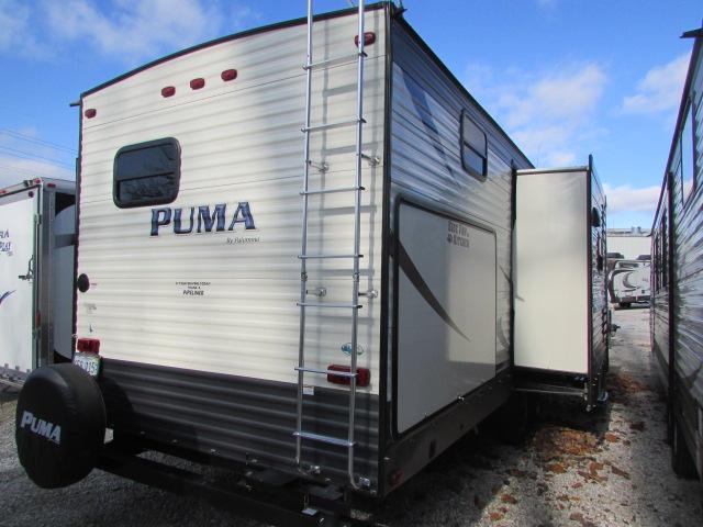 2017 Palomino Puma 32DBKS Travel trailer