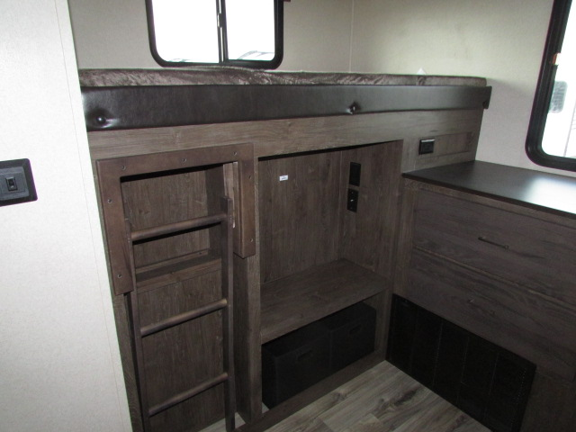 2018-FOREST-RIVER-300BH-SALEM-HEMISPHERE-GLX-TRAVEL-TRAILER-11594P-21129.jpg