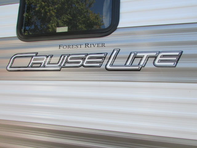 2019 FOREST RIVER 261BHXL SALEM CRUISELITE TRAVEL TRAILER