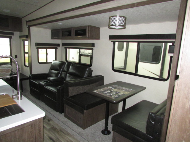 2019-FOREST-RIVER-370BL-HEMISPHERE-FIFTH-WHEEL-11723P-22774.jpg