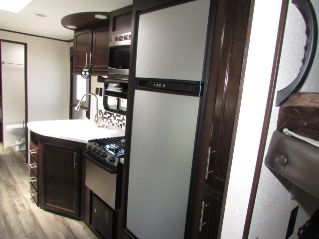2019-JAYCO-29BHDB-JAY-FLIGHT-TRAVEL-TRAILER-11620P-21975.jpg