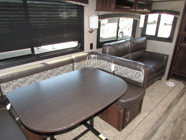 2019-JAYCO-29BHDB-JAY-FLIGHT-TRAVEL-TRAILER-11620P-21976.jpg