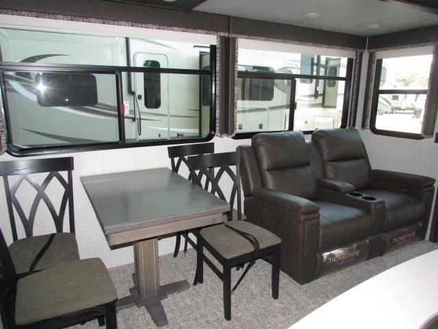 2019 Keystone Montana 321MK High Country 5th wheel travel trailer