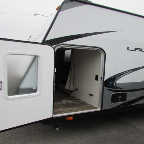2019 Starcraft 20BHS Launch Outfitter travel trailer