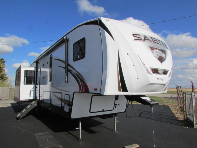 2021 Forest River Sabre 36BHQ 5th wheel trailer