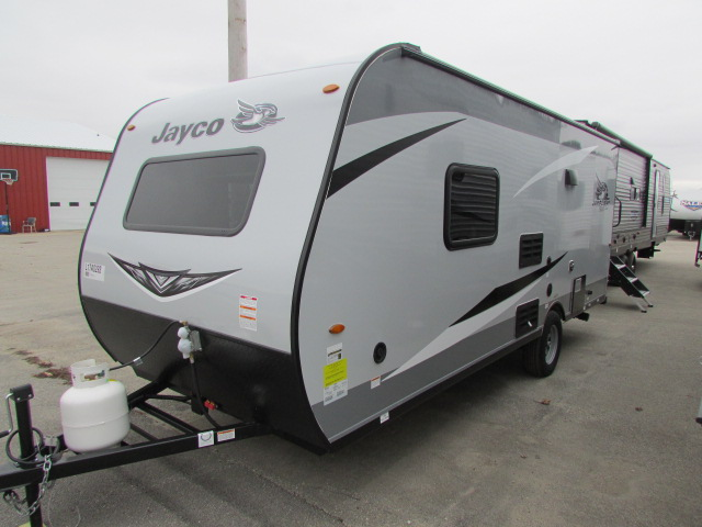 2021 Jayco Jay Flight SLX 7 195RB travel trailer fiberglass
