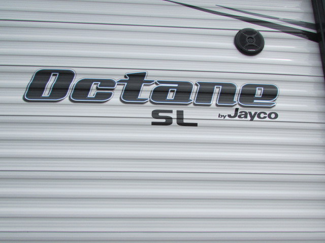 2109 JAYCO 222 OCTANE TOY HAULER TRAVEL TRAILER