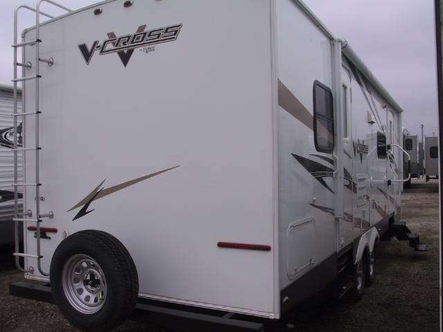 2009 FOREST RIVER V-Cross 28VFBS
